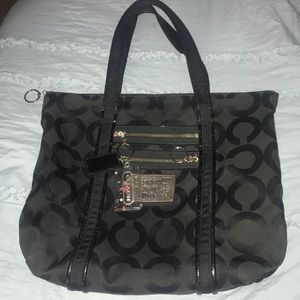 Coach black poppy purse